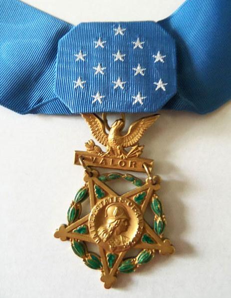 MedalOfHonor.jpg (463×597)